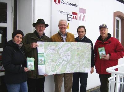 Carolin Salmon (Gemeinde Blankenheim), Heinrich Bertram (Eifelverein), Manfed Knauff (Eifelverein), Hans-Josef Hüllbüsch (Gemeinde Blankenheim), Rolf Reetz (Eifelverein)